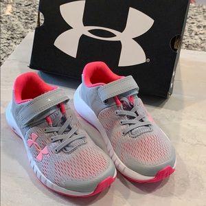 Toddler Size 11 NIB UA shoes